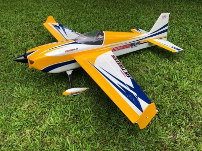 Skywing EDGE 540 balsa+carbonio ap. alare 1879 mm B GIALLO